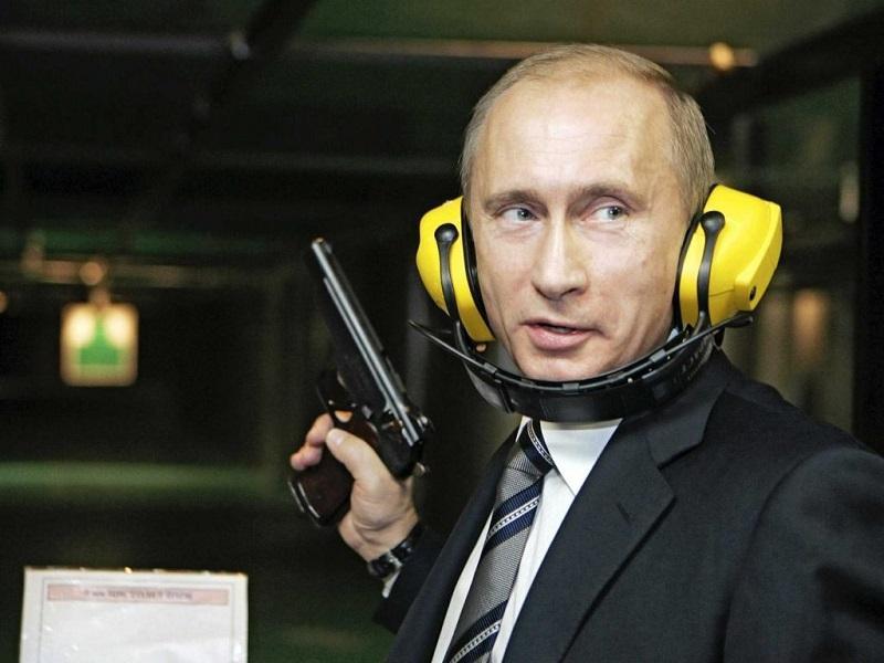 photoshop-Putin-pistola-foto-originale