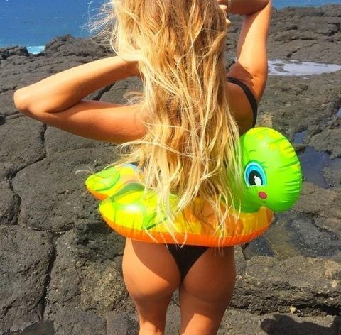 instagram-alana-blanchard-sexy-surfista-1