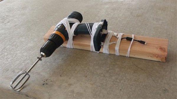 poca-batteria-trucco-carica-cellulare-3