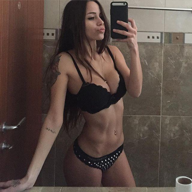 Melanie-Pavola-23