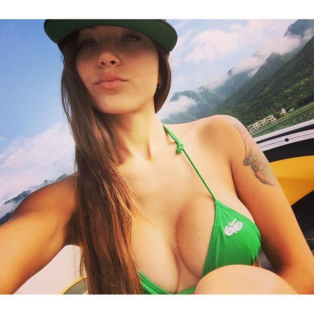 Melanie-Pavola-28
