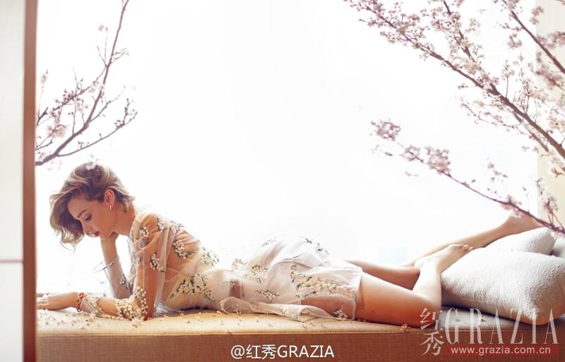Miranda-Kerr-Grazia-China-Aprile-2016-1